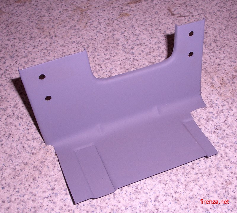 HC Windscreen Washer Bottle Bracket